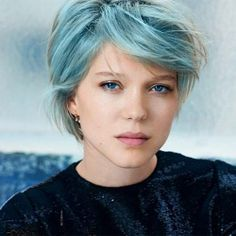 Lea Seydoux Blue Short Hair Color with Side Bangs Hair styles Girl Short Hair, Short Hair Cuts, Short Hair Styles, Lgbt, Lea Sydoux, Beautiful Person, Beautiful People, Blue Is The Warmest Colour, Everything Is Blue