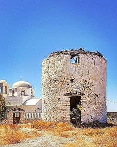 {Abandoned} . . . . . . #kythnos #kythnos_island #greek_islands #islands #islasgriegas #windmill #church #greek_villages #greece_best_pictures #cyclades #cyclades_islands #cyclades_addicted #kikladhes #kyklades #travelvibe #eros_greece #great_photos_greece #my_greece_ #total_mygreece #thisiskythnos #ilovegreekislands #focus_on_shot #ig_greece #instagreece #instalifo  repost @christinakarta