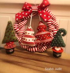 Xmas Wreaths, Christmas Ornaments, Holiday Decor, Cheer, Diy, Home Decor, Creative Things, Creativity, Holiday Wreaths