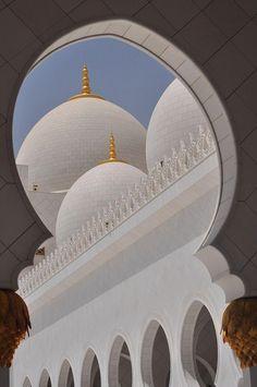 Geometric exploration #perspective #oriental #whitemarble