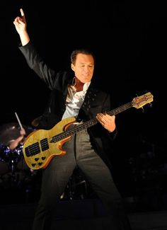 Martin Kemp of Spandau Ballet in action on stage! Reformation Tour 2009