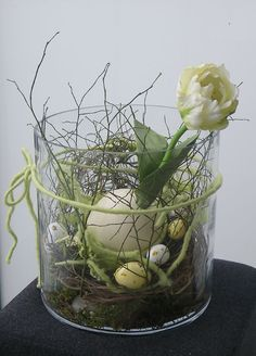 Beautiful Ideas For The Spirit Of Easter And Spring Into Your Home Decor (39)