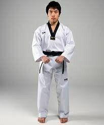 Tehnik Dasar Karate : tehnik, dasar, karate, Dachi, World, Taekwondo,, Scissor, Kicks