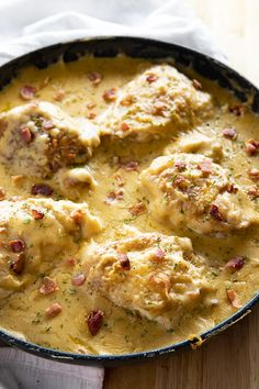 """One Pan. One Pan Smothered Chicken is a classic recipe of seared chicken that is easy to make in 30 minutes! Tender chicken is smothered in a rich and creamy gravy with bacon!""""}, """"http_status"""": window. New Recipes, Dinner Recipes, Cooking Recipes, Favorite Recipes, Cheap Recipes, Simple Recipes, Family Recipes, Summer Recipes, Drink Recipes"""