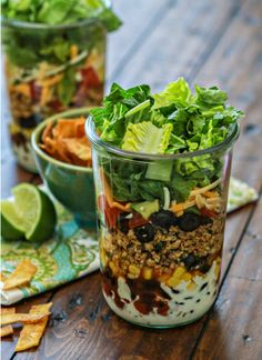 Layered Taco Salad in a Jar from Taco Salad Round Up | mountainmamacooks.com #TacoTuesday