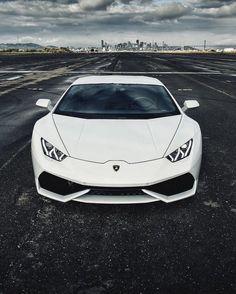 The Lamborghini Huracan - Super Car Center Lamborghini Veneno, Lamborghini Diablo, Ferrari 458, Maserati, Lamborghini Logo, Huracan Lamborghini, Bugatti, Lamborghini Interior, White Lamborghini