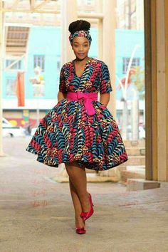 Love This look African Wear Dresses, Latest African Fashion Dresses, African Print Fashion, Africa Fashion, African Attire, Ankara Short Gown Styles, Birthday Outfit For Women, Kids Dress Wear, Stylish Work Outfits