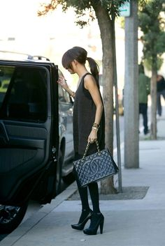 love all black outfit with the classic chanel bag with gold hardware. love.