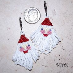 Pattern for seed bead Santa Claus earrings.