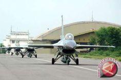 Danlanud: Landasan Pacu Bandara Roesmin Nurjadin Tak Memadai Untuk F16