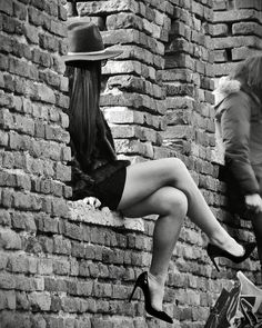 Sexy Photography, Black And White Photography, Portrait Photography, Great Legs, Nice Legs, Black N White, Black And White Pictures, Sexy Legs And Heels, Foto Art
