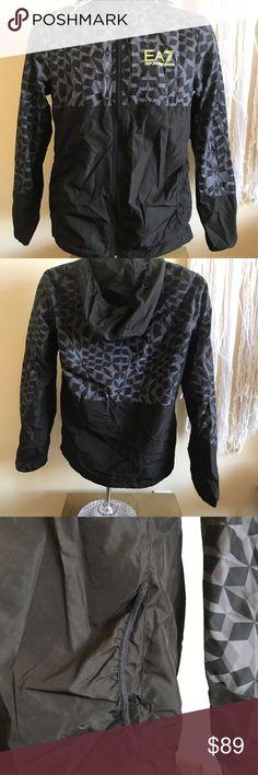 Mens XS Black/Gray Zip Windbreaker Emporio Armani EA7 Mens XS Black/Gray Zip Windbreaker Inside Mesh Hidden Hood Emporio Armani Jackets & Coats Windbreakers