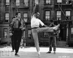Jerome Robbins teaches his iconic choreography. West Side Story <3