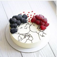 Tag your bestfriend friends kiss cake repost Cooking Cake. Tag your bestfriend friends kiss cake repost Cooking Cake.msk This cake is so original! I am fan! Hers hairs are so… Pretty Cakes, Cute Cakes, Beautiful Cakes, Amazing Cakes, Food Cakes, Cupcake Cakes, Bolo Original, Decoration Patisserie, Cooking Cake