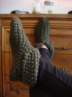 Knitting: Cozy Knit Slippers @Katie Schmeltzer G.