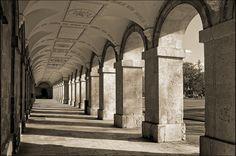 UK - Oxford - Magdalen College - New Building Colonnade 10_sepia_DSC8160
