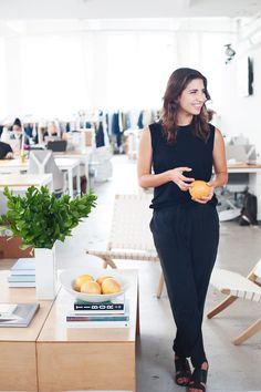 How To Master Minimalist Dressing, The Everlane Way #refinery29