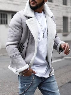 39 Comfy Winter Coats Outfit Ideas For You Who Want To Look Cool - Winter season is fast approaching. And people are now turning into winter apparel to keep them warm during these cold months. Winter coats are somethi. Moda Formal, Winter Hoodies, Casual Sweaters, Jacket Style, Men's Jacket, Coats For Women, Mantel, Men Casual, Mens Fashion