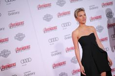 """Scarlett Johansson Photos Photos - Actress Scarlett Johansson attends the premiere of Marvel's """"Avengers: Age Of Ultron"""" at Dolby Theatre on April 13, 2015 in Hollywood, California. - Premiere Of Marvel's 'Avengers: Age Of Ultron' - Arrivals"""
