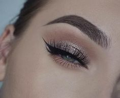 Natural Prom Makeup for Green Eyes
