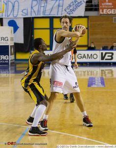 _T4H7323  Lega Basket LNP DNA  Co.Mark Treviglio-Enoagrimm San Severo 13/01/13  PALAFACCHETTI  foto di Danilo Scaccabarossi  www.dasweb.it