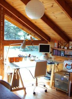 office nook, Vika desk by eddie