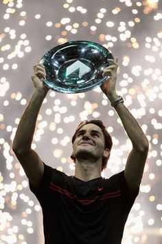 Federer wins in Rotterdam, defeating Del Potro