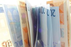 Euro recovery turns sour again as recession risks grow; will the ECB come to the rescue? Euro, Tax Credits, Savings Plan, Global Economy, Financial Planning, Finance Tips, Blockchain, Malta, Helping People