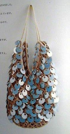 Beige crochet bag with blue sequins - diagrams Bag Crochet, Crochet Motifs, Crochet Handbags, Crochet Purses, Love Crochet, Crochet Patterns, Crochet Clothes, Boho Bags, Beaded Bags