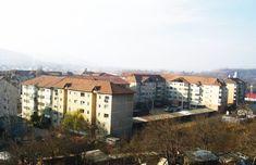 Berca este doar una dintre miile de biete comune românești pierdute în hățișurile economiei de piață și ale intereselor meschine de ciord... Sud Est, Paris Skyline, Grand Canyon, Nature, Travel, Naturaleza, Viajes, Trips, Off Grid