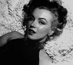 "marilynmonroeposts: ""Marilyn Monroe photographed by Anthony Beauchamp, 1951 """