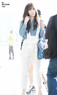 Team ☆ εїз TaeTae εїз (150425 Tiffany @ Gimpo Airport。(via The White...)