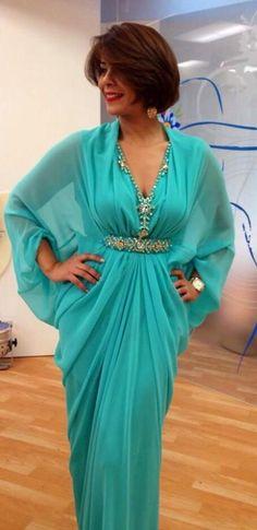 Image about caftan in 😍takchita , kaftans😍 by Kamiilliia L'Maghribiia Morrocan Dress, Moroccan Caftan, Abaya Fashion, Modest Fashion, Fashion Outfits, African Fashion Dresses, African Dress, Kaftan Gown, Mode Abaya