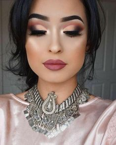 22 Beautiful Intense Fall Makeup Looks Herbst Make-up Smokey Eye Makeup Look, Fall Makeup Looks, Bridal Makeup Looks, Bridal Hair And Makeup, Bride Makeup, Indian Makeup Looks, Indian Makeup Natural, Party Makeup Looks, Glamorous Makeup
