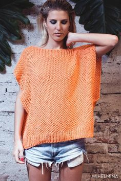Jag är ju inte så duktig att s Crochet Shirt, Knit Crochet, Loom Knitting, Knitting Patterns, Knit Vest Pattern, Summer Knitting, Knitted Poncho, Crochet Fashion, Crochet Clothes