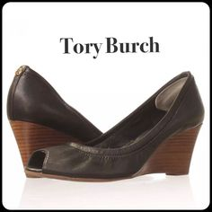 ❤️Host Pick Tory Burch Black Eddie Wedge Like New Black leather wedge in excellent condition. Gold Tory Burch emblem on the back of shoe. Box included. No Trades No PayPal No Low Offers❗️fits true to size. Tory Burch Shoes Wedges