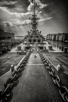 """""""Ships and boats and boats and ships."""" Naval war in the Pacific, WWII. Uss Iowa, Uss Oklahoma, Us Battleships, F22 Raptor, Capital Ship, Us Navy Ships, Naval History, Military Pictures, United States Navy"""