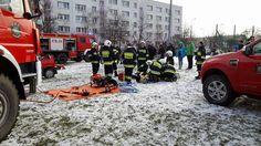 Pokaz strażacki podczas 24. Finału WOŚP w ZSO2 Legionowo.