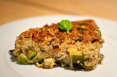 fritatta van quinoa, aubergine, courgette & parmezaan