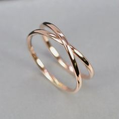 Beautiful Jewelry Rose Gold Infinity Ring, Eternity Band, Unique Wedding Band, sizes this listing, Sea Babe Jewelry Stylish Jewelry, Cute Jewelry, Silver Jewelry, Jewelry Accessories, Fashion Jewelry, Silver Rings, Jewelry Rings, Jewelry Ideas, Pandora Jewelry