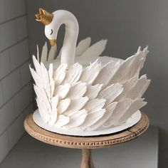 50 Most Beautiful looking Swan Cake Design that you can make or get it made on the coming birthday. Pretty Birthday Cakes, Pretty Cakes, Cute Cakes, Beautiful Cakes, Amazing Cakes, 3d Birthday Cake, Cake Pops, Gateau Baby Shower, Bolo Cake