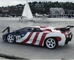 Celebrating American independence with Lamborghini Diablo SVR. Well, why not? #Happy4thJuly