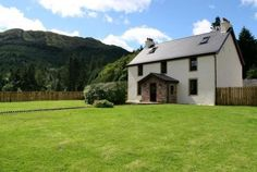 Culzean House, Dunoon, Ardentinny, Argyll (Sleeps 1-14) Self Catering Holiday Cottage in Scotland.