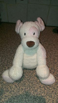 Cuddly toy stuffed dog Found in Maidstone, Kent. Next to Gallagher football stadium. Rescued from the rain. https://www.facebook.com/sharoncollinswassmith Email: sdc131003@yahoo.com