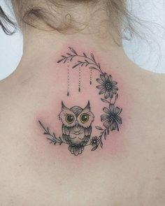 Tattoos for women Tiny Owl Tattoo, Owl Neck Tattoo, Simple Owl Tattoo, Baby Owl Tattoos, Cute Owl Tattoo, Owl Tattoo Design, Mom Tattoos, Trendy Tattoos, Unique Tattoos