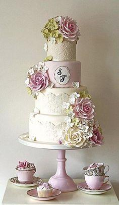 Country Garden Wedding Cake.