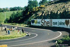 Hailwood - GP moto de 1966 au Circuit de Charade (photo : Gilbert VOISIN)