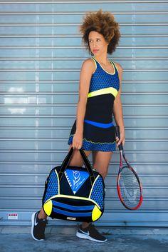 New Geotulip stylish Sport Bag. Perfect for gym, tennis and padel. Tennis Bags, Tennis Clothes, Tennis Fashion, Sport Fashion, Look Athleisure, Beach Tennis, Leggings, Fashion Bags, Baby Strollers