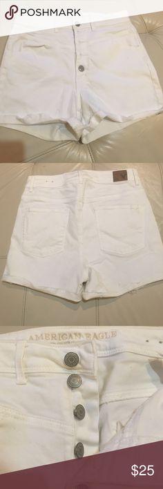 "NWOT AMERICAN EAGLE JEAN SHORTS White button up white AE jean shorts. Inseam 4"" & frayed/cutoff hem American Eagle Outfitters Shorts Jean Shorts"