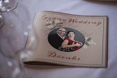 Elegante Menükarte für Hochzeitsgäste #menükarte #redneck #hochzeit #swing #schwarzweissrot #wedding #menuecard #janefoxwerbeagentur #eventkomponisten